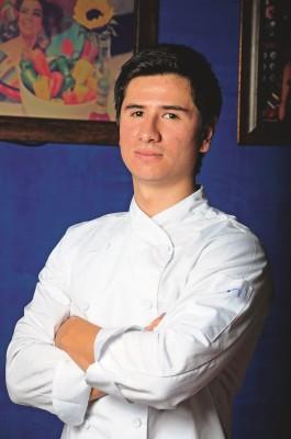 Esteban Riaño García. Técnico en cocina profesional del Politécnico Internacional de Bogotá. Encargado de cocina de Ketaco.