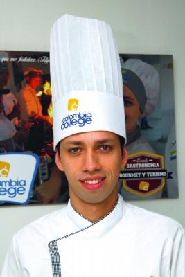 Chef profesional Decano Facultad de Gastronomía de Colombia College.